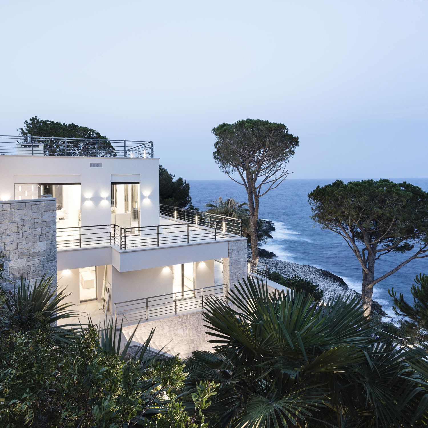 Rare Cap Ferrat Index
